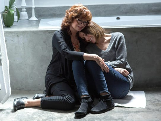 """In """"The Meddler,"""" Lori (Rose Byrne, right) has an overbearing"""