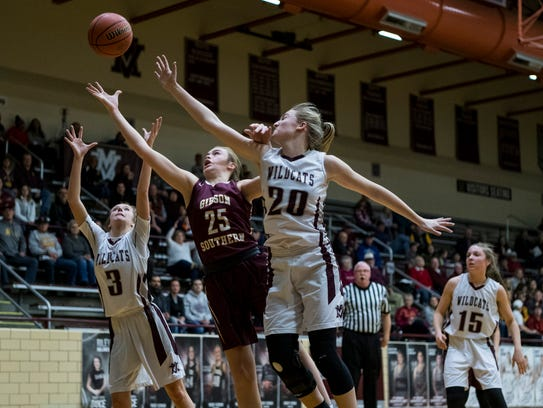 Mt. Vernon's Madison Rodgers (3), Gibson Southern's