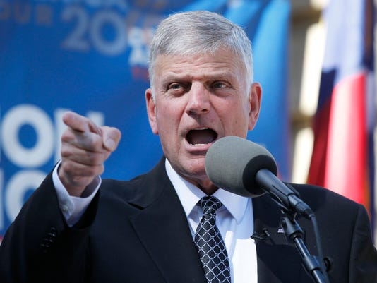 636121296922710041-franklin-graham-in-raleigh.jpg