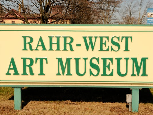 Rahr West Art Museum sign.jpg