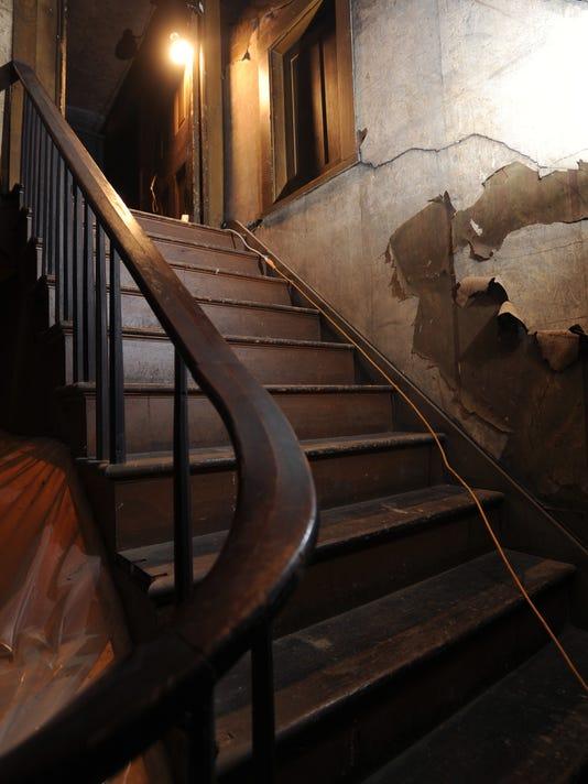 CGO 0124 HEMINGS STAIRCASE