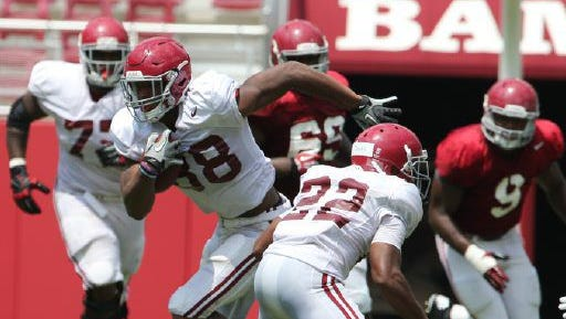 Prattville native O.J. Howard has yet to catch a pass this season for the Alabama Crimson Tide.
