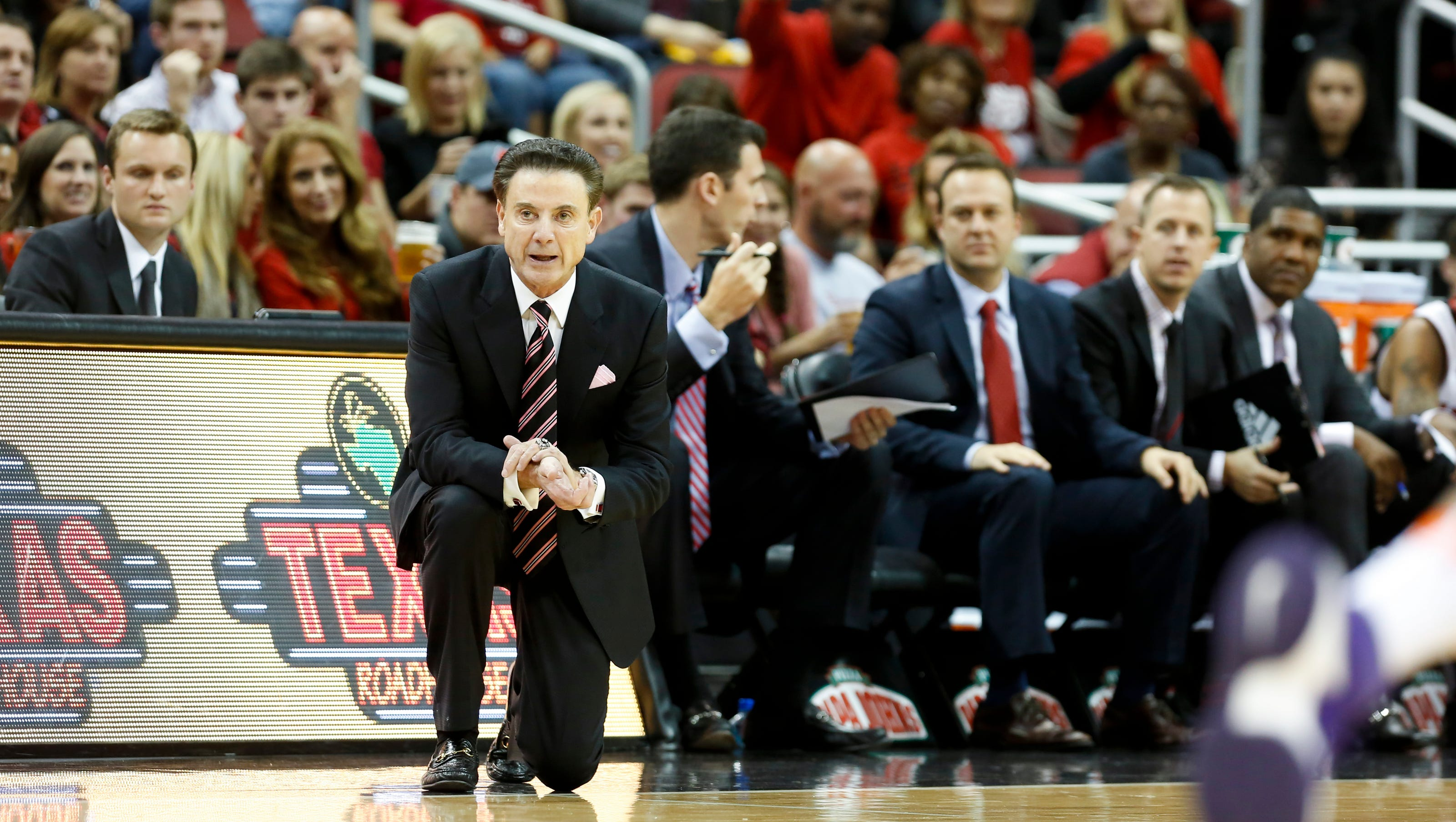 Louisville Basketball Cards Lead The Acc In Coaches Pay