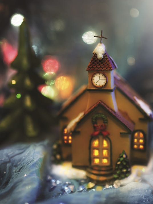 635860286257212001-Christmas-Church.jpg