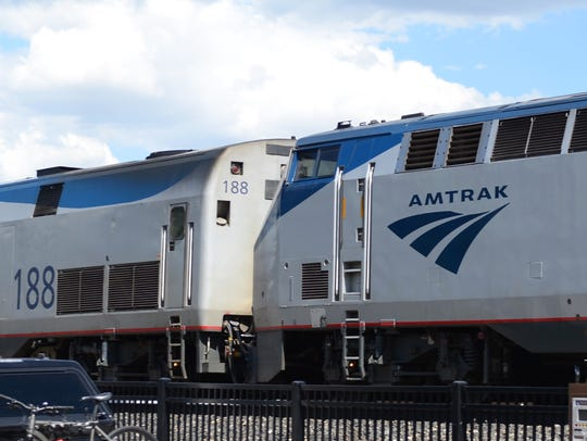 Amtrak's eastbound California Zephyr pulls into the