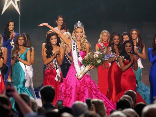 BESTPIX - 2015 Miss USA Pageant Only On ReelzChannel - Show