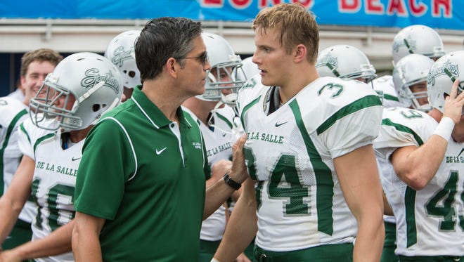Jim Caviezel (left) and Alexander Ludwig in TriStar Pictures' WHEN THE GAME STANDS TALL.