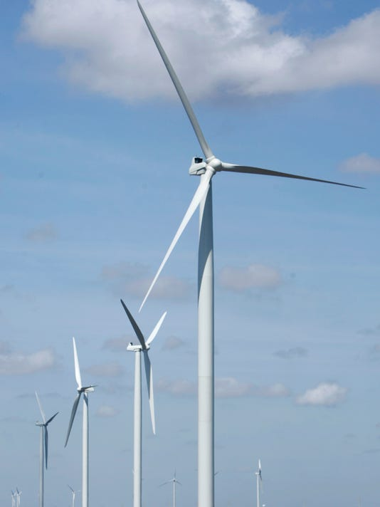 Wind-turbine-stockphoto-CC.JPG
