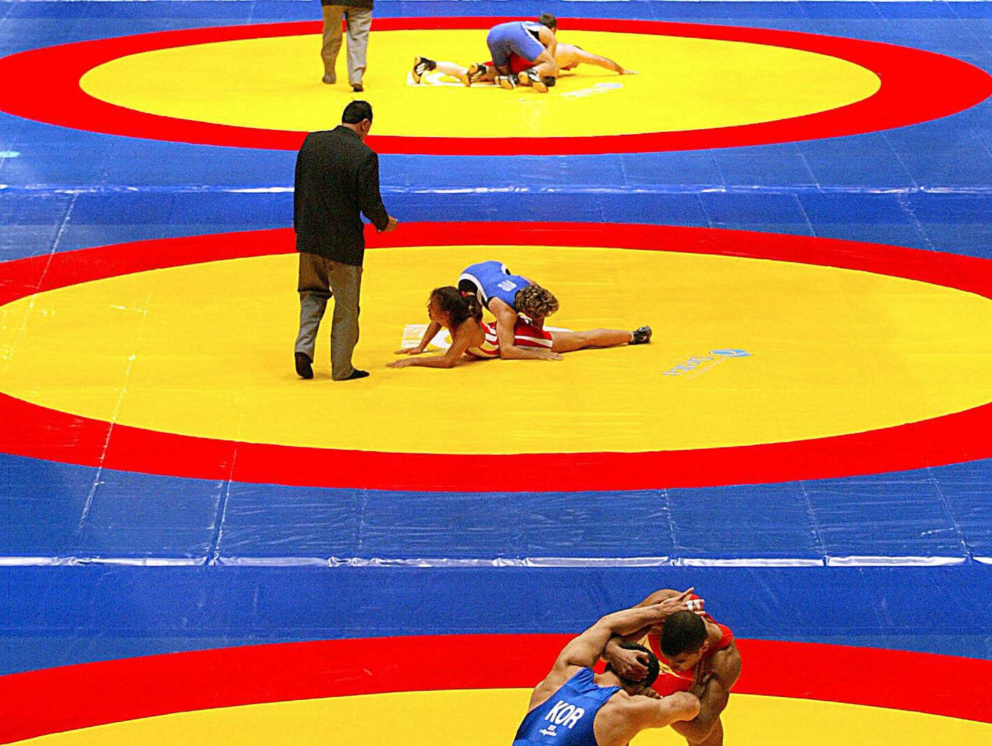 """lh sports: wrestling"""
