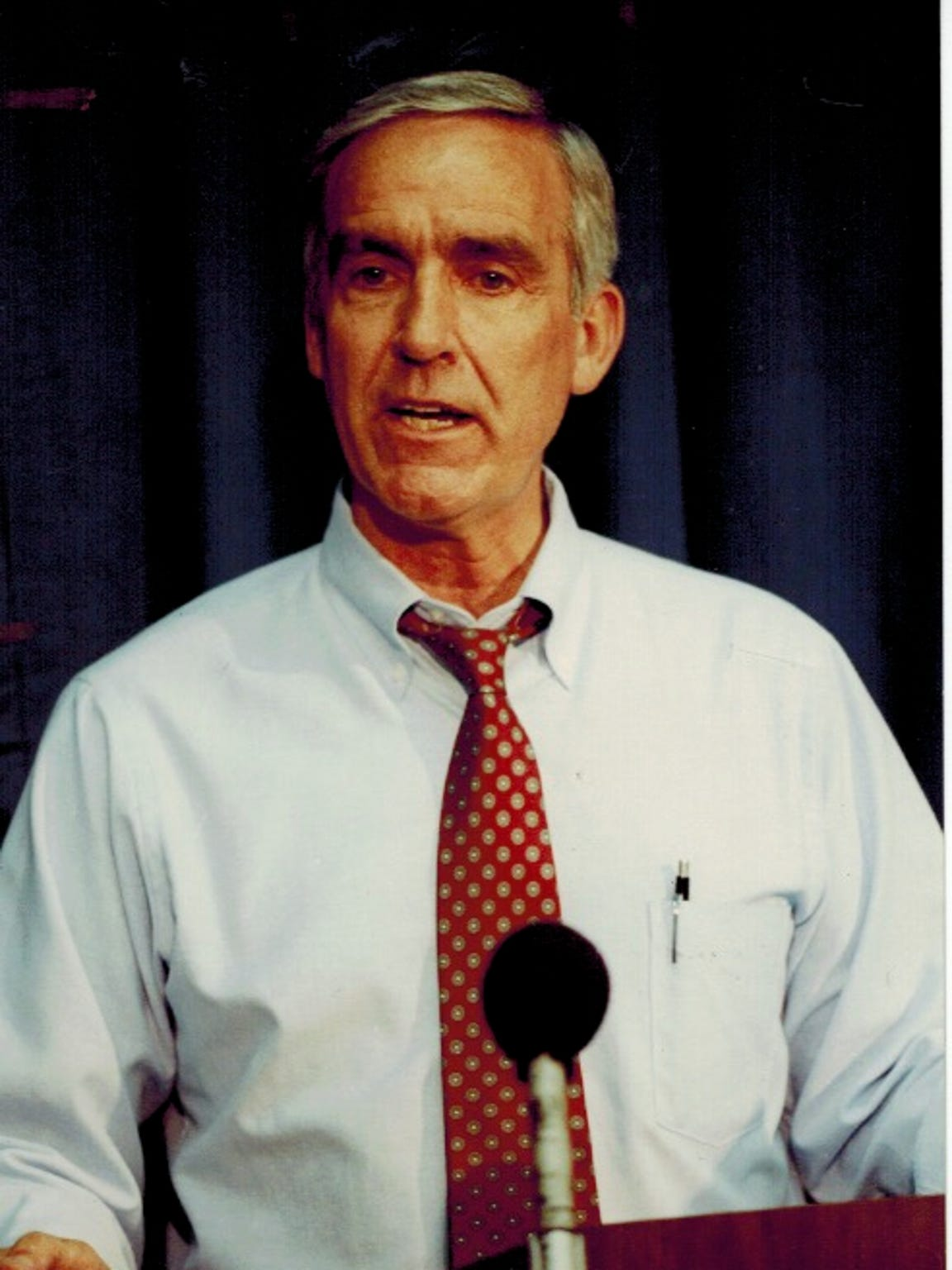 "Peterson prided himself on being a ""bridge builder"""
