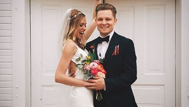 Frankie Ballard wed longtime girlfriend Christina Murphy March 12.