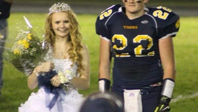 Chelsea Collins was homecoming king queen at Carsonville-Port Sanilac High School with friend Aaron Smith before they graduated in 2015.