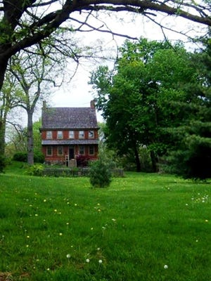 York in the 1760s: In 1762, William Willis, the prominent Quaker builder of the county courthouse, constructed a classic Georgia home with double English-style chimneys in an unsettled part of York. Today, the Willis House remains off-the-beaten track.