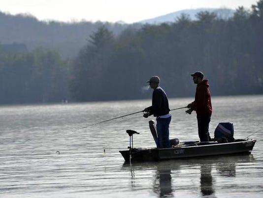 635881095173960433-lake-julian-fishermen.jpg