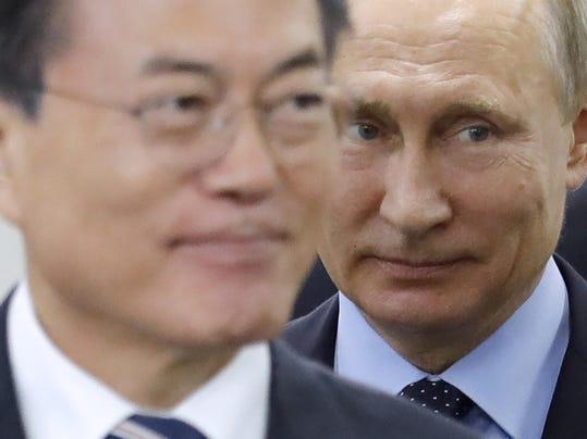 Vladimir Putin,Moon Jae-in