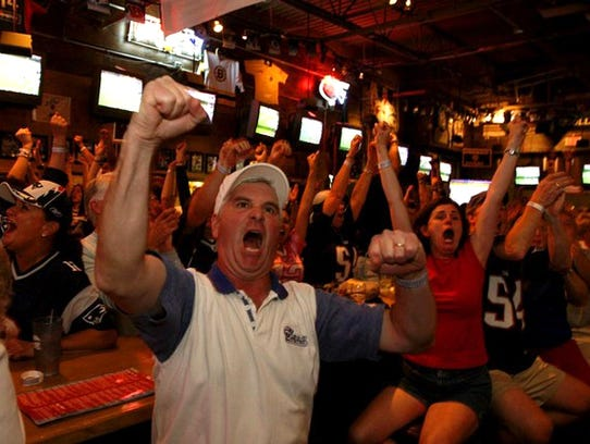 Super Bowl Watching Best Places To See Game In Sw Florida