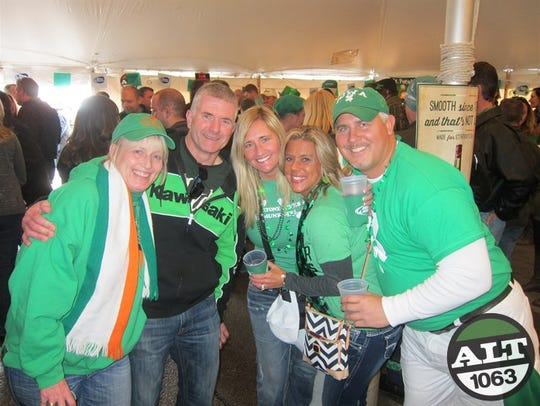 Come join the party at Sully's Irish Pub in West Des