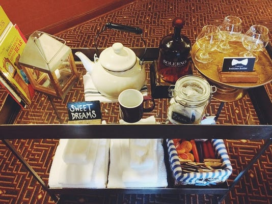 636162677860743127-8-Oregon-Bedtime-Butler-arrives-with-goodies-at-Kimpton-Riverplace-Hotel-700-wide.jpg