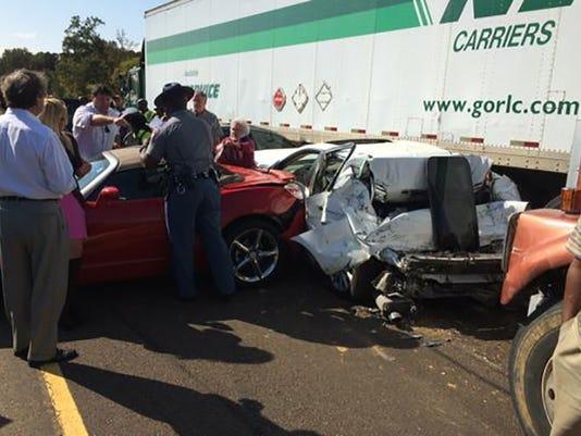 635501922127010008-accident1