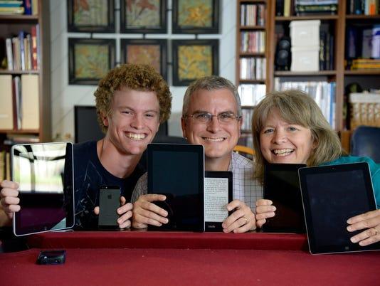 E-reader family