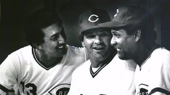 Pete Rose (center) chats with Tony Perez (right) and Dave Concepcion on Sept. 8, 1985.
