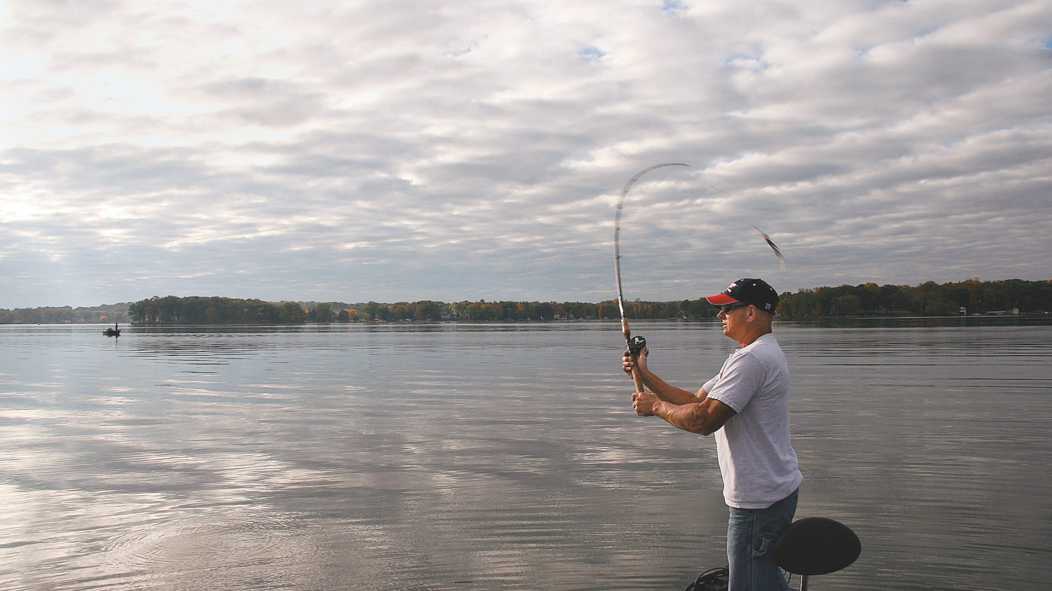 FISHING HOT SPOTS WISCONSIN SERIES OF HOLCOMBE FLOWAGE
