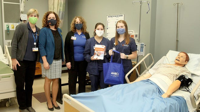 The Highland Community College nursing program recently received a donation of a new hospital bed and simulation mannequin from the Area Health Education Center in Illinois. Picture, from left: Melissa Rockwood, Jen Grobe, Teresa Strum, Mary Engelkens of Rock City and Kaylee Blocker of Davis.
