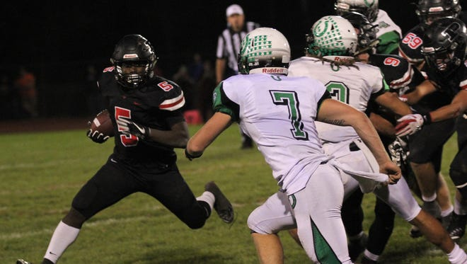 The Clear Fork defense gets after Pleasant during a regular season match-up with first-place in the Mid Ohio Athletic Conference on the line. The Colts are among the favorites to win the MOAC in 2018.
