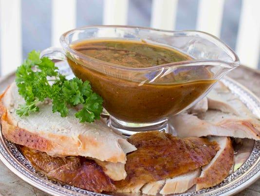 Food KitchenWise Turkey Gravy (6)
