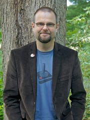 """Former Knoxvillian Alan Gratz writes middle-grade novels, including his latest, """"Ban This Book."""""""
