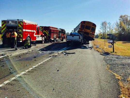 636150638745523184-01-Bus-Crash-1118.jpg