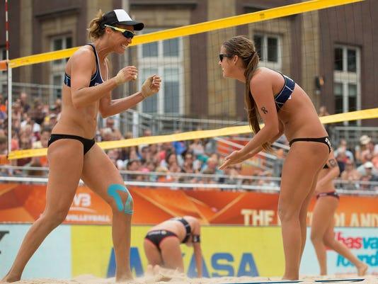 Brooke Sweat, Lauren Fendrick
