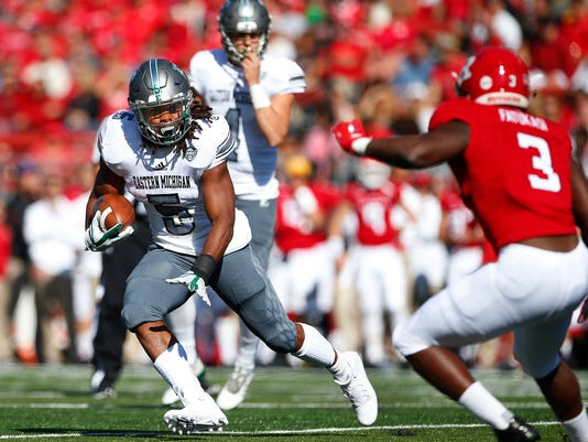 Eastern Michigan v Rutgers, emu football