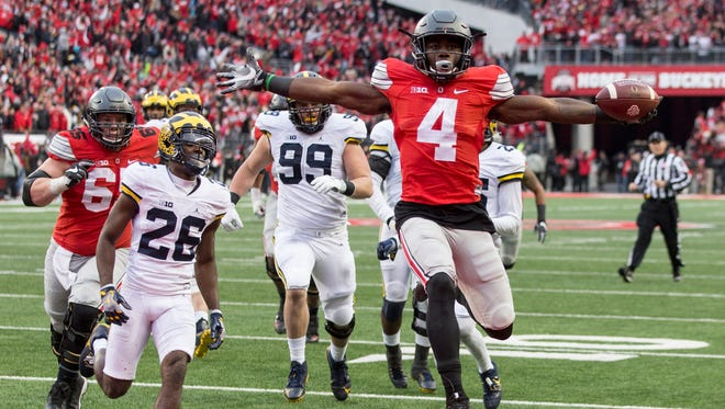 Ohio State running back Curtis Samuel scores the winning touchdown in a victory over Michigan.