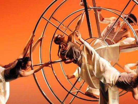 636390168472360352-Carolyn-Dorfman-Dance.jpg