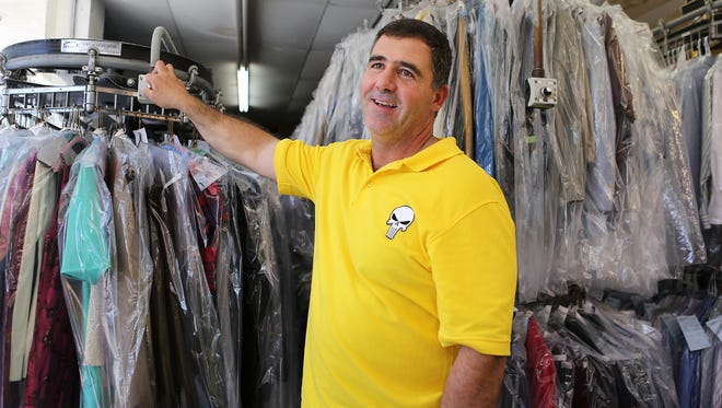 Andrew Pappas, owner of Cleaner Concepts dry cleaners and Anderson Township trustee, has called for the resignation of Cincinnati Parks Director Willie Carden.