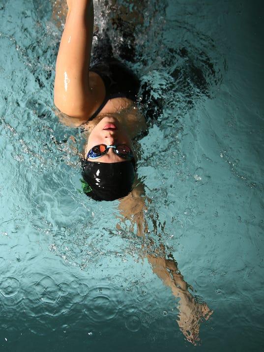 636481928003360292-SwimmingPortrait-McKay-LidiiaBuiko-ar-01.JPG