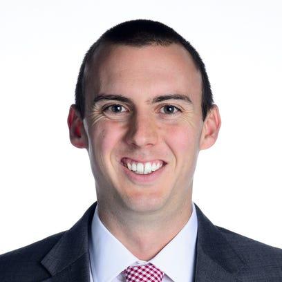 UW-Oshkosh names Matt Lewis as interim men's basketball coach