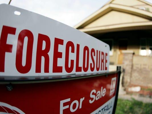 -VTDBrd_01-08-2013_Visalia_1_A001~~2013~01~07~IMG_Foreclosure_Denver_2_17_1_.jpg