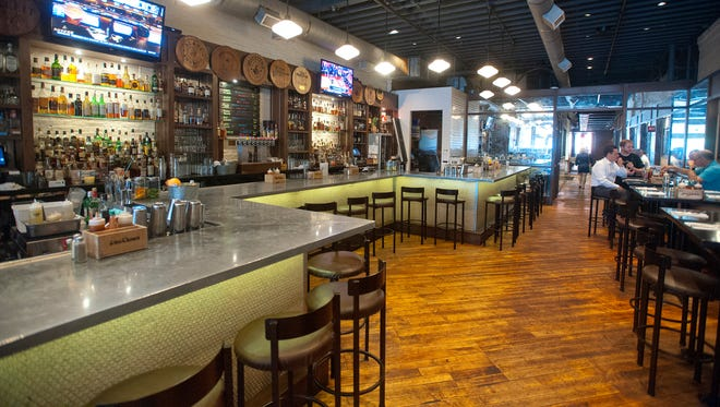 The bar of Doc Crow's Southern Smokehouse and Raw Bar on West Main Street just east of Second Street. May 15, 2018