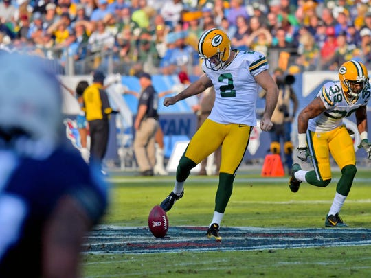 Packers kicker Mason Crosby (2) attempts an onside kick against the Titans during the second half of a 47-25 loss on Nov. 13, 2016, at Nissan Stadium.