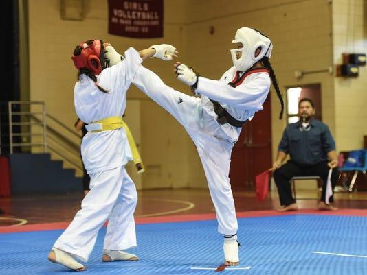 635978278984001543-Karate-01.jpg