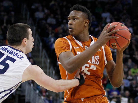Is Myles Turner the new kind of big man the Pacers are looking for?