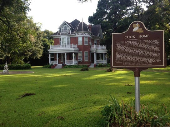 How many historic places do you know in Rapides Parish?