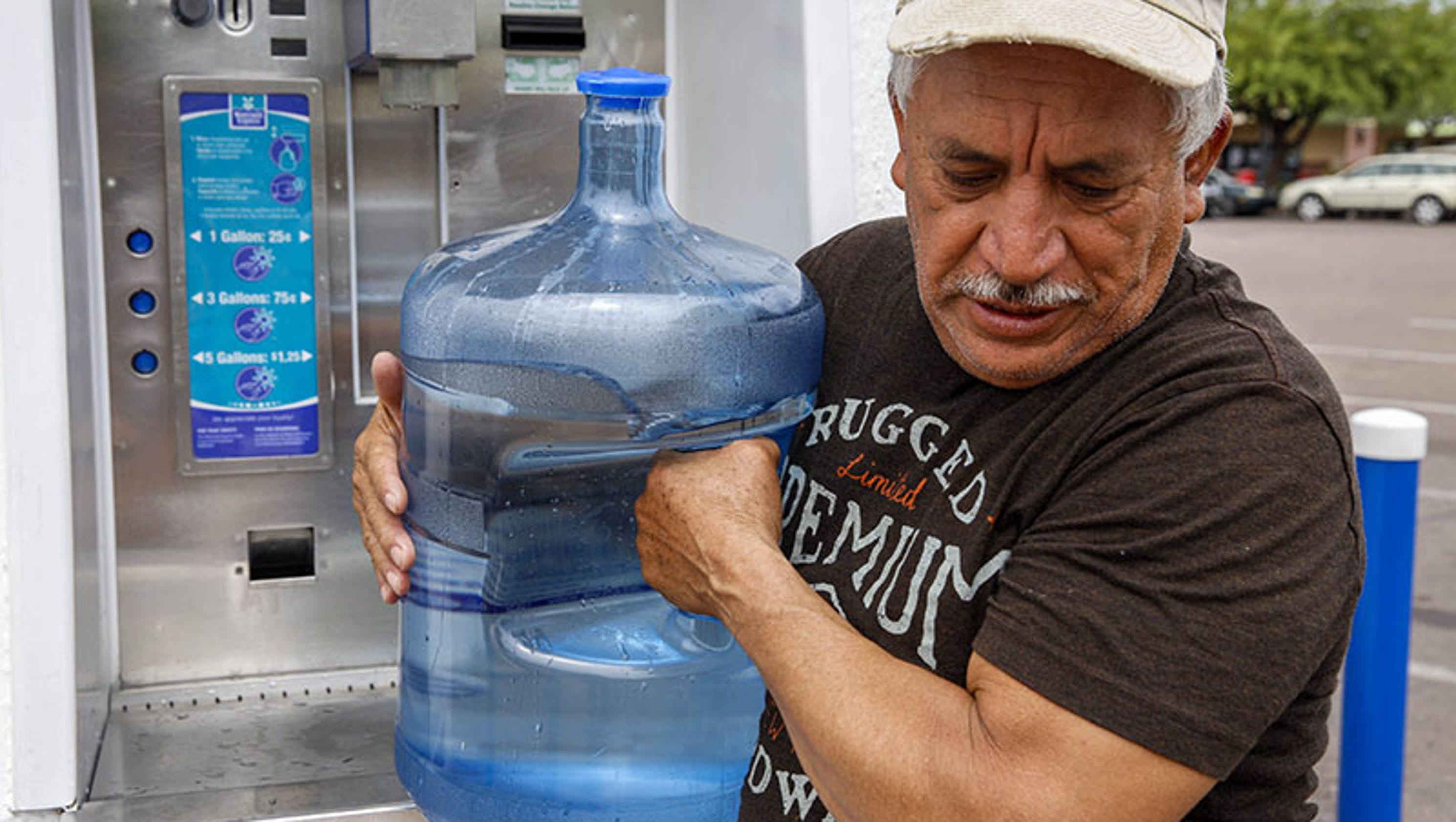 Latinos mistrust tap water safety consume far less sciox Gallery