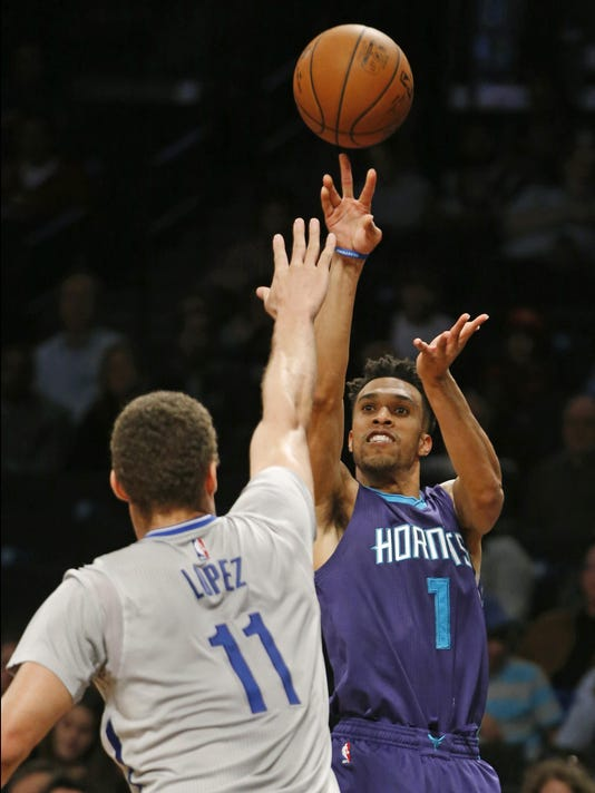 Courtney Lee, Brook Lopez