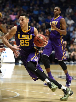 LSU forward Ben Simmons (25) says he's not going to the NBA combine.