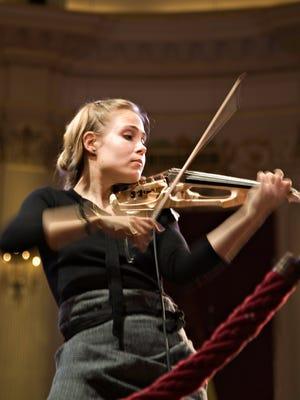 """Leila Josefowicz tossed off intense fireworks in """"Scheherazade.2,"""" by John Adams"""