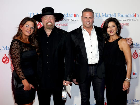 Jennifer Belcher, Eddie Montgomery and Troy Gentry