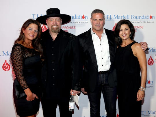 Jennifer Belcher, Eddie Montgomery and Troy Gentry